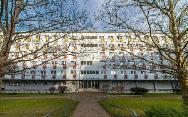 Отель GProoms – Listovy koleje Чехия, Брно - отзывы, цены и фото номеров - забронировать отель GProoms – Listovy koleje онлайн вид на фасад