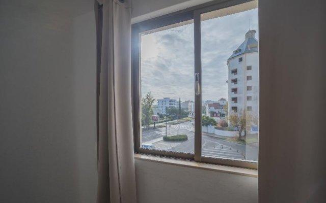 Отель Algardia Marina Parque Apartments By Garvetur Португалия, Виламура - отзывы, цены и фото номеров - забронировать отель Algardia Marina Parque Apartments By Garvetur онлайн комната для гостей