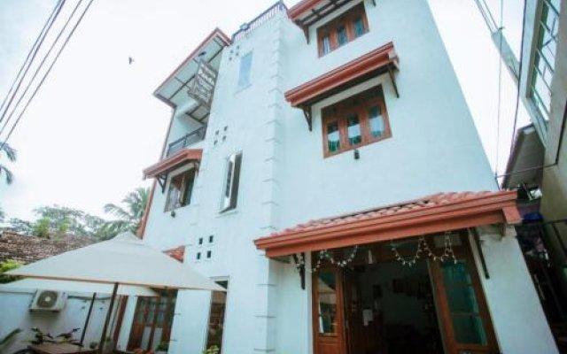 Отель Vista BnB Galle Шри-Ланка, Галле - отзывы, цены и фото номеров - забронировать отель Vista BnB Galle онлайн вид на фасад