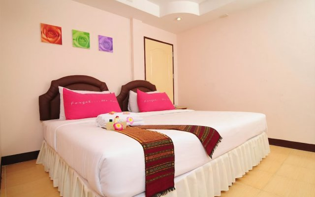 Bed by Tha-Pra Hotel and Apartment вид на фасад