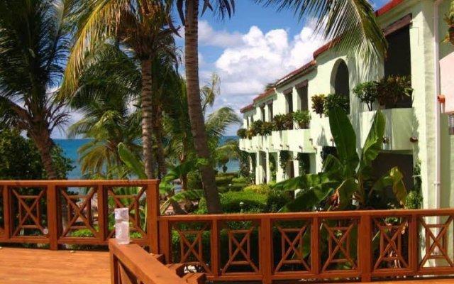 Hodges Bay Resort and Spa 1