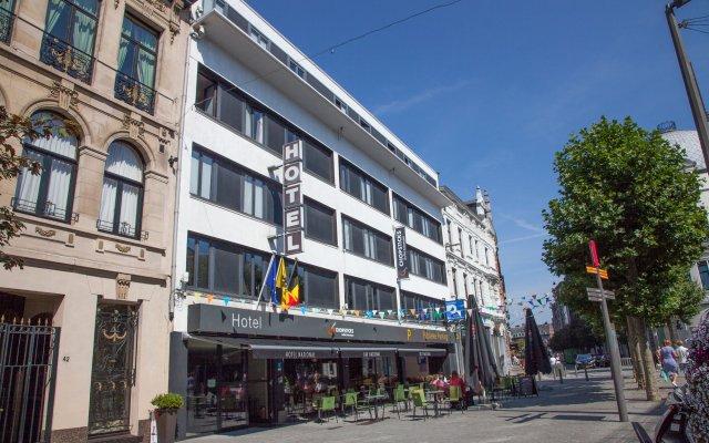 Hotel National вид на фасад
