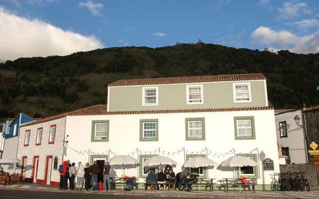 Отель Pico Мадалена вид на фасад