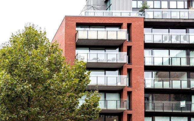 Отель Froissart - 3864 - Brussels - HLD 40574 Брюссель вид на фасад