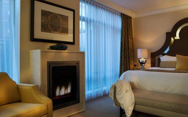 Отель L'Hermitage Hotel Канада, Ванкувер - отзывы, цены и фото номеров - забронировать отель L'Hermitage Hotel онлайн комната для гостей