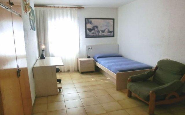 Отель Villa in Blanes - 104831 by MO Rentals Испания, Бланес - отзывы, цены и фото номеров - забронировать отель Villa in Blanes - 104831 by MO Rentals онлайн комната для гостей