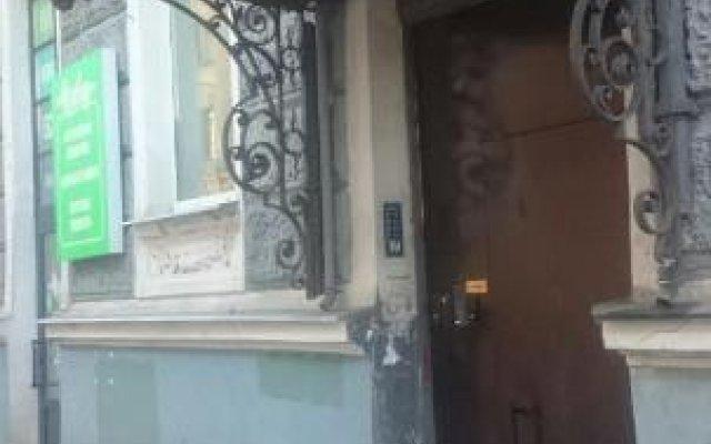 Гостиница Хостел Smile в Санкт-Петербурге 5 отзывов об отеле, цены и фото номеров - забронировать гостиницу Хостел Smile онлайн Санкт-Петербург вид на фасад