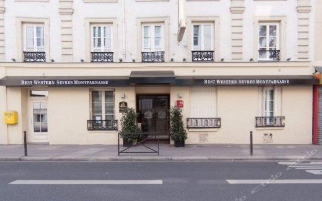Отель Sevres Montparnasse вид на фасад