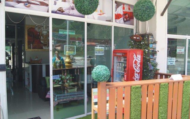 Отель J Sweet Dream Boutique Patong вид на фасад