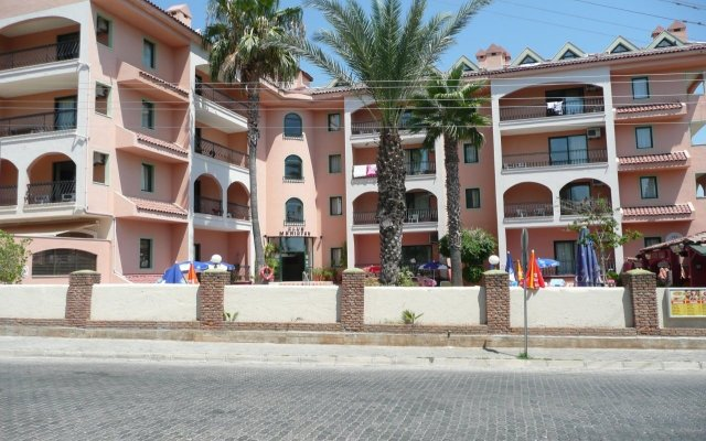 Отель Club Meridyen вид на фасад