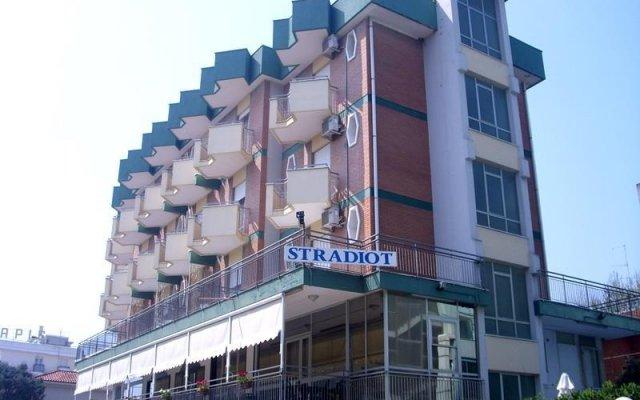 Отель Stradiot Италия, Римини - отзывы, цены и фото номеров - забронировать отель Stradiot онлайн вид на фасад