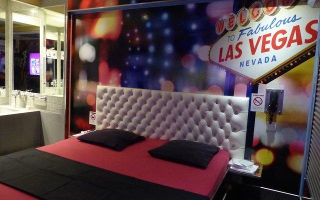 Отель Love Hôtel - Adults Only Франция, Париж - отзывы, цены и фото номеров - забронировать отель Love Hôtel - Adults Only онлайн вид на фасад