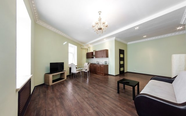 Апартаменты Two-room apartment on Nevsky 81