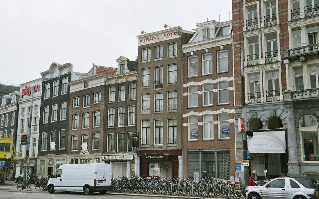 Отель A-Train Hotel Нидерланды, Амстердам - 2 отзыва об отеле, цены и фото номеров - забронировать отель A-Train Hotel онлайн вид на фасад