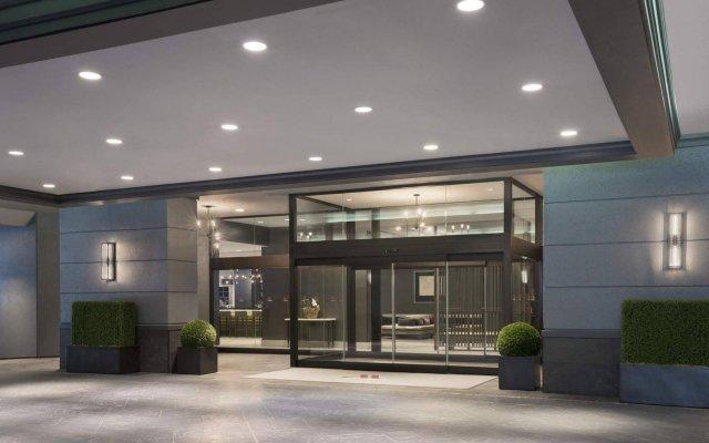 Отель Toronto Marriott Bloor Yorkville Hotel Канада, Торонто - отзывы, цены и фото номеров - забронировать отель Toronto Marriott Bloor Yorkville Hotel онлайн вид на фасад