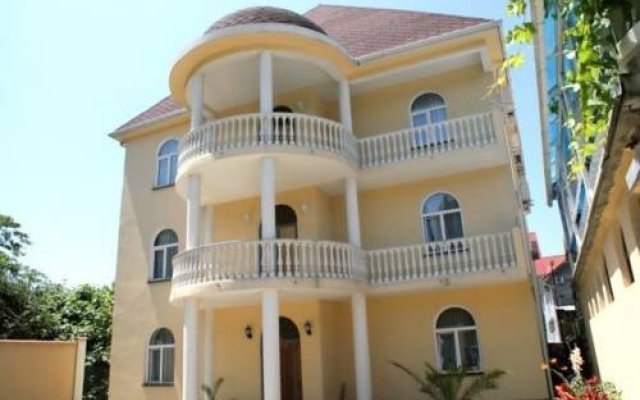 Гостиница Рената вид на фасад