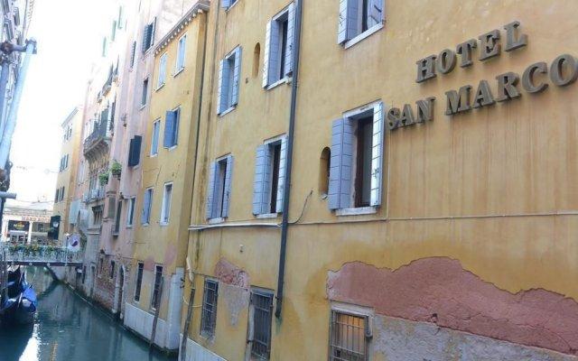 Отель Albergo San Marco вид на фасад