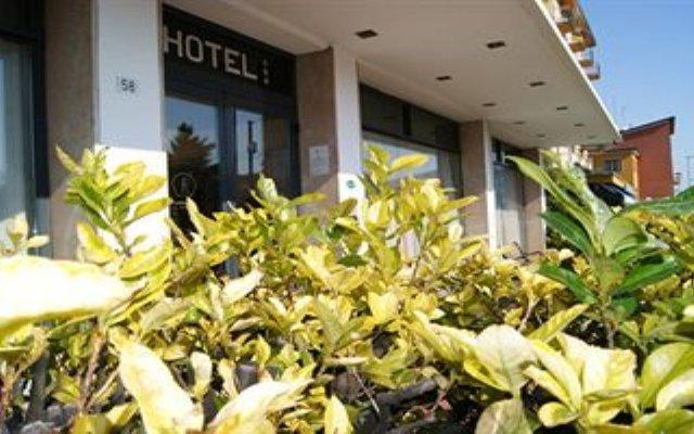 Отель Resi & Dep Италия, Вигонца - отзывы, цены и фото номеров - забронировать отель Resi & Dep онлайн вид на фасад