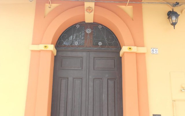 Отель Il Normanno B&B Милето вид на фасад