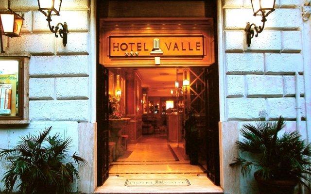 Hotel Valle вид на фасад