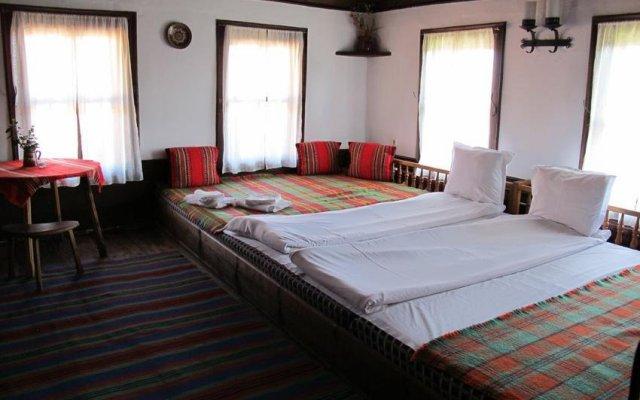 Отель Hadjigergy's Guest House Болгария, Сливен - отзывы, цены и фото номеров - забронировать отель Hadjigergy's Guest House онлайн комната для гостей