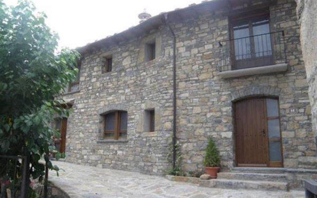Отель Casa Cosculluela вид на фасад