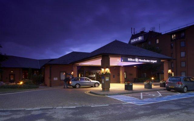 Отель DoubleTree by Hilton Manchester Airport Великобритания, Манчестер - отзывы, цены и фото номеров - забронировать отель DoubleTree by Hilton Manchester Airport онлайн вид на фасад