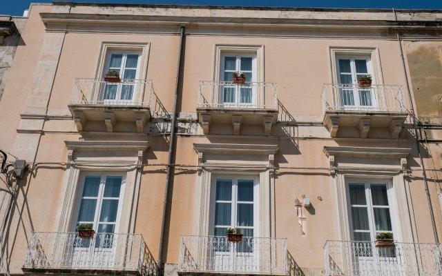 Отель Gran Bretagna Италия, Сиракуза - отзывы, цены и фото номеров - забронировать отель Gran Bretagna онлайн вид на фасад