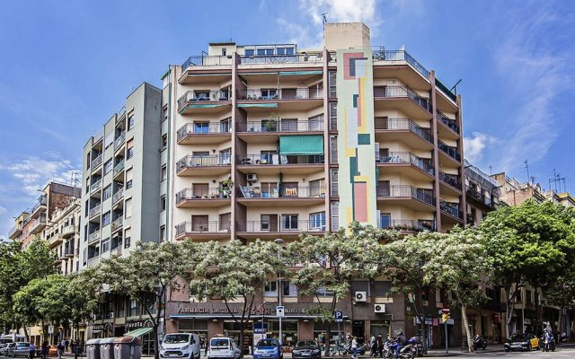 Апартаменты Sweet Inn Apartments Sagrada Familia вид на фасад