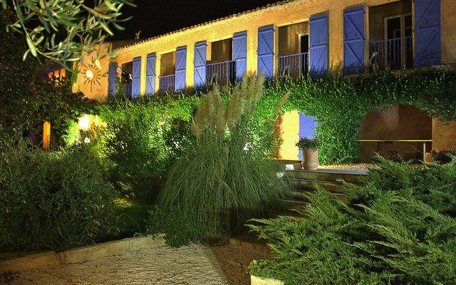 Отель Athénopolis вид на фасад