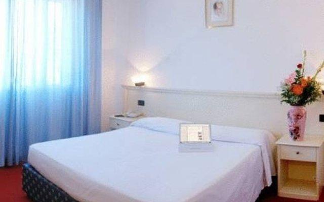 Отель Byron Laguna Inn Италия, Мира - отзывы, цены и фото номеров - забронировать отель Byron Laguna Inn онлайн комната для гостей