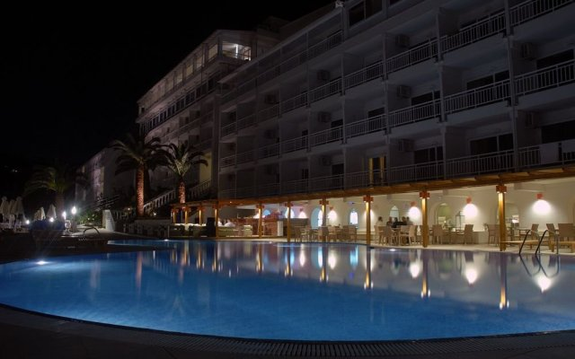 Отель Mayor La Grotta Verde Grand Resort - Adults Only Греция, Корфу - отзывы, цены и фото номеров - забронировать отель Mayor La Grotta Verde Grand Resort - Adults Only онлайн вид на фасад