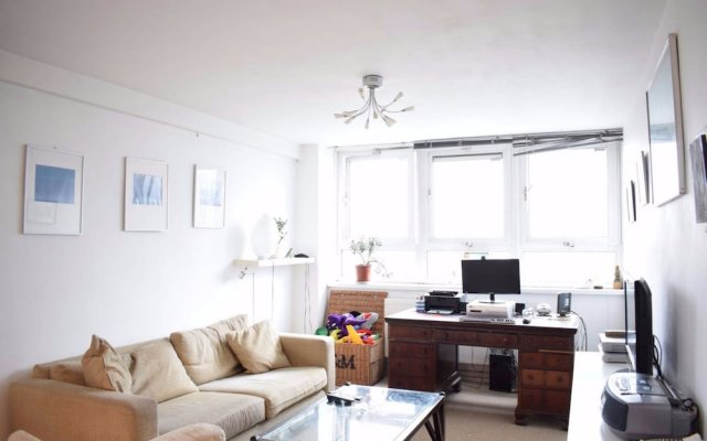 2 Bedroom Flat in the Heart of London