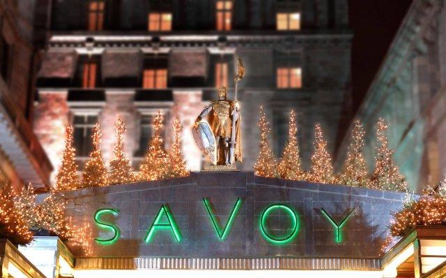 The Savoy, A Fairmont Managed Hotel вид на фасад