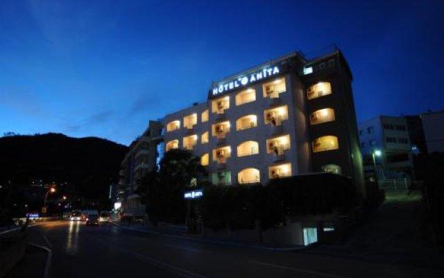 Hotel Anita Бечичи вид на фасад