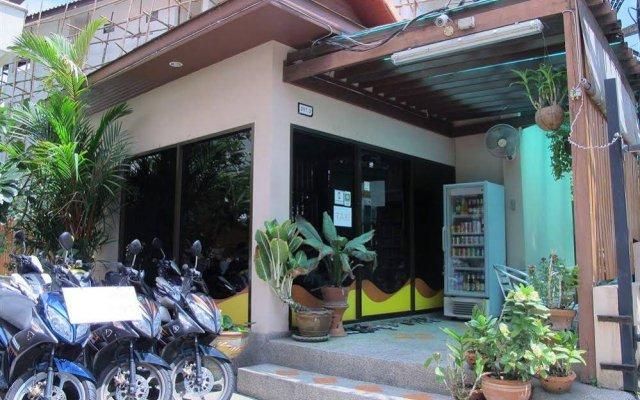 Отель Patong Hillside вид на фасад