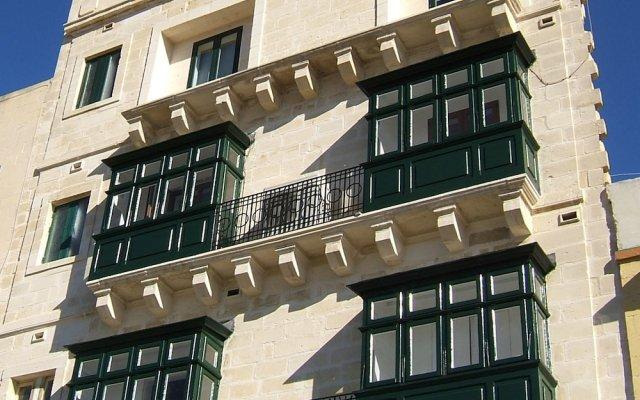 Отель Three Cities Apartments Мальта, Гранд-Харбор - отзывы, цены и фото номеров - забронировать отель Three Cities Apartments онлайн вид на фасад
