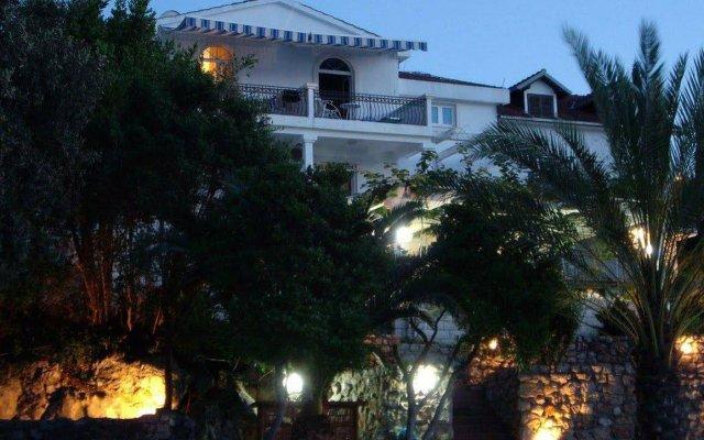 Отель Vizantija Черногория, Тиват - отзывы, цены и фото номеров - забронировать отель Vizantija онлайн вид на фасад