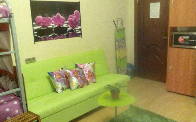 Гостиница Жилое помещение Будьте как дома в Москве отзывы, цены и фото номеров - забронировать гостиницу Жилое помещение Будьте как дома онлайн Москва комната для гостей