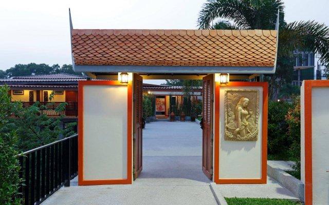 Отель Chabana Resort Пхукет вид на фасад