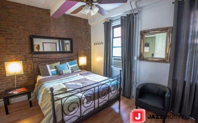 Отель Jazz On The Park Hostel США, Нью-Йорк - 1 отзыв об отеле, цены и фото номеров - забронировать отель Jazz On The Park Hostel онлайн вид на фасад
