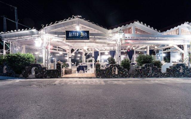Отель Yianna Hotel Греция, Агистри - отзывы, цены и фото номеров - забронировать отель Yianna Hotel онлайн вид на фасад
