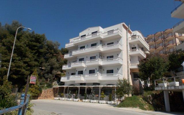 Hotel Iliria 0