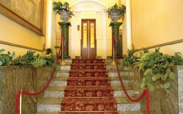Отель Giglio Dell Opera Рим вид на фасад