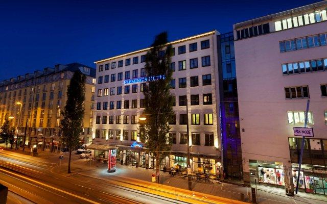 Fleming's Hotel München-City вид на фасад