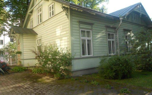 Отель Poska Villa Guesthouse вид на фасад