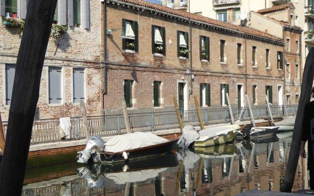 Отель Luxury Garden Mansion R&R Италия, Венеция - отзывы, цены и фото номеров - забронировать отель Luxury Garden Mansion R&R онлайн комната для гостей