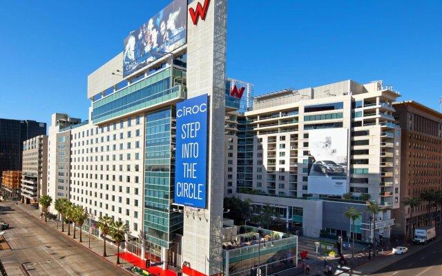 Отель W Hollywood вид на фасад