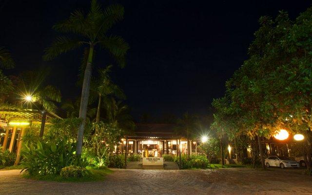 Отель Vinh Hung Riverside Resort & Spa вид на фасад