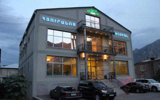 Отель ML вид на фасад